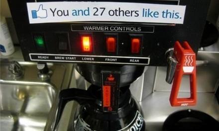 Putin Facebook la cafea